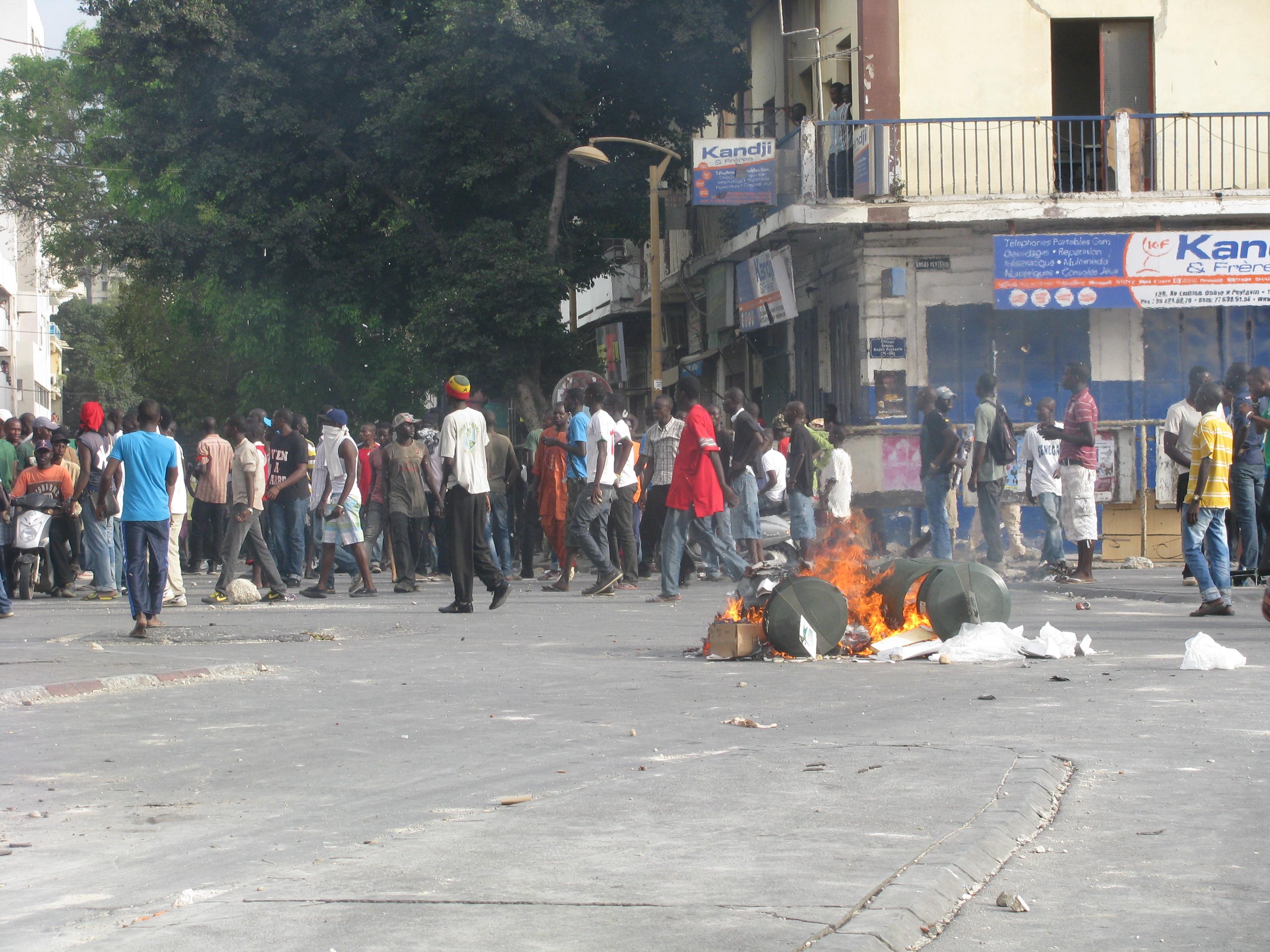 Risques d'affrontements entre jeunes de BBY et socialistes de Dakar : à l'origine, ces deux manif' de la Médina