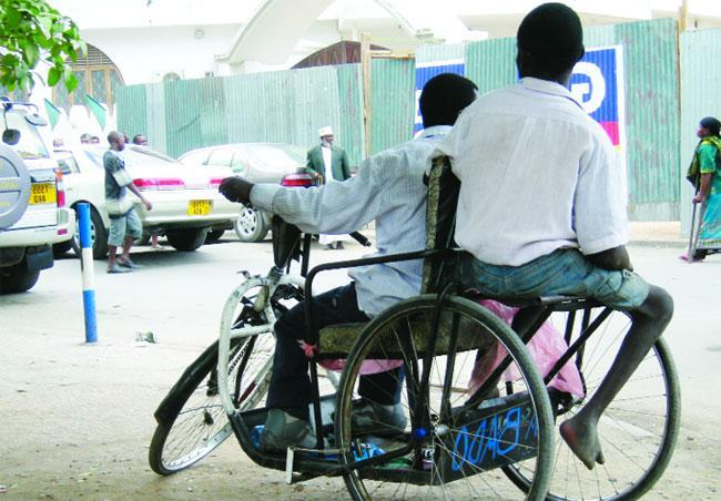 """Sans renouvellement depuis 2008, 11 millions F Cfa """"portés disparus"""", sommation servie au Président : l'Association nationale des handicapés dans tous ses états"""