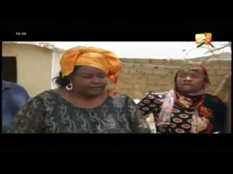 Sketch Mére dial ak Koor gui – Episode « Lings Papa » du Vendredi 01 Juillet 2016