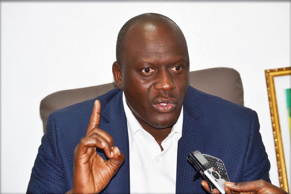 """Mberry Sylla, député de Louga : """"je ferai le tour du Sénégal, s'il le faut, pour mettre la main sur le ministre Benoît Sambou et ce, où qu'il se trouvera. Et il me dira pourquoi il s'est permis de m'insulter de mère et de père"""""""