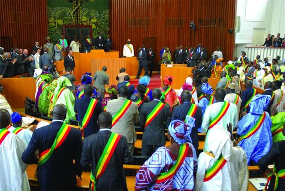 Session extraordinaire de l'Assemblée nationale: la revue du Code électoral controversé au menu