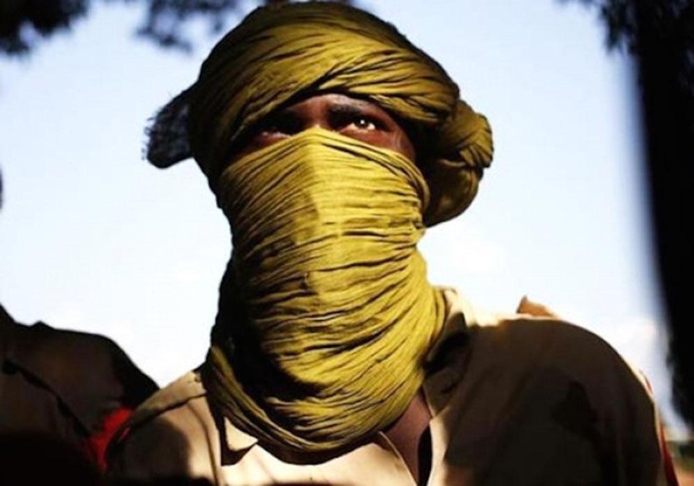 15 documents d'identification, 2 téléphones portables, 10 puces de téléphone, 1 ordinateur portable et une carte bancaire: un présumé djihadiste alpagué à Kolda