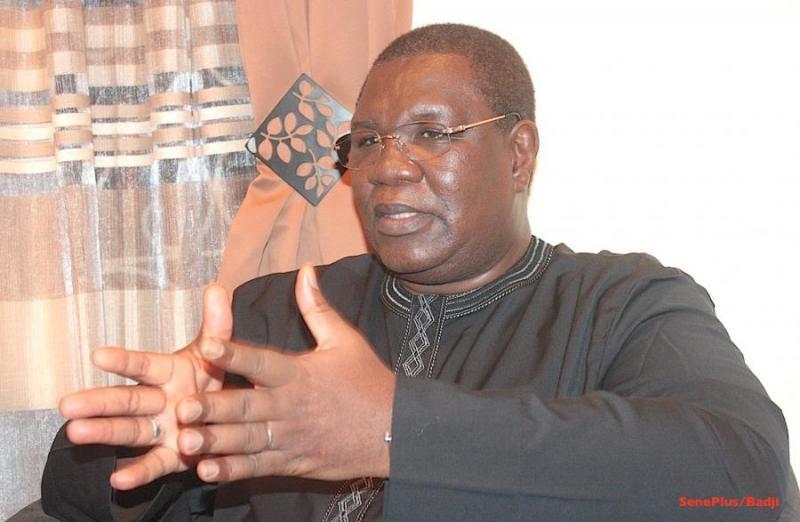 Polémique née du coup de fil de Wade à Macky, le 25 mars 2012 : au regard des différentes versions des témoins, Me Ousmane Ngom raconte sa vie