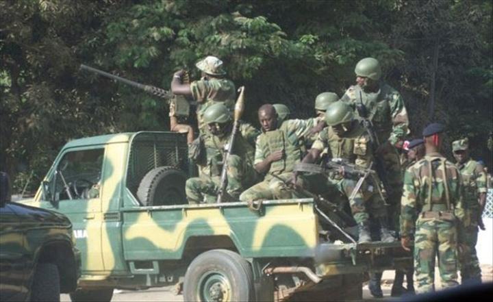 Interdit d'interdire de commenter cette vidéo de l'Armée gambienne