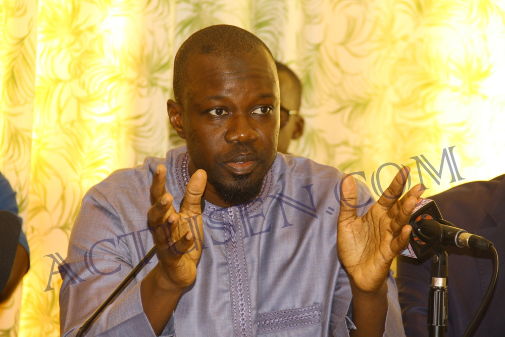 "Ousmane Sonko tance Macky Sall : ""la bataille de Ziguinchor n'aura pas lieu"""