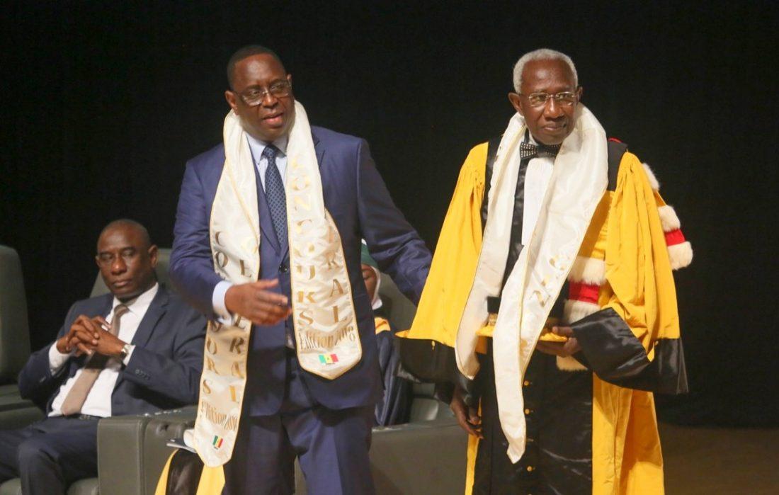 Concours général 2018: Iba Der Thiam élevé au rang de Commandeur de l'Ordre national du lion