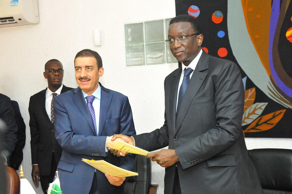 Agriculture, technologie, Promise et le Waqf: Amadou Ba et la Banque islamique de développement signent quatre accords d'un montant de 61 milliards de F cfa