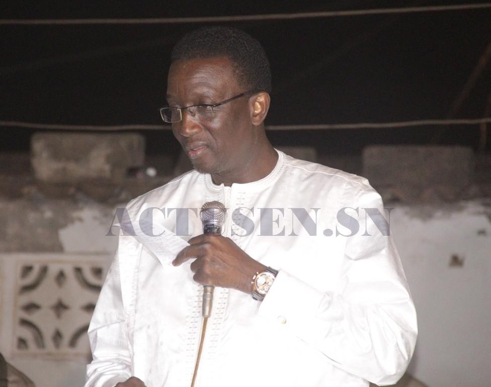 """Amadou Ba à Cambérène: """"Le peuple a 5 candidats; l'un a fait des merveilles, Idrissa Seck est freiné par les sentiers de Thiès et les trois restants sont des figurants"""""""