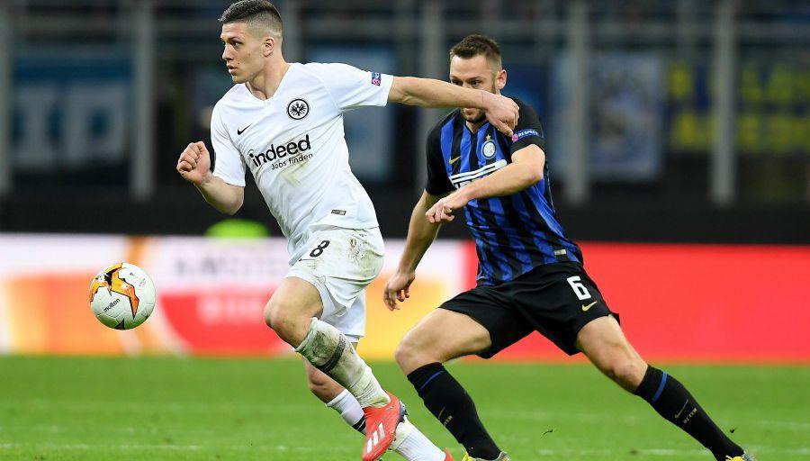 L'Inter éliminé à San Siro par Francfort