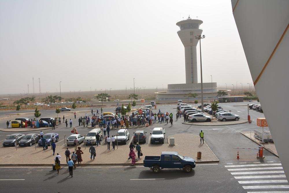Aibd : un exercice d'évacuation d'urgence pour tester la réactivité des acteurs aéroportuaires