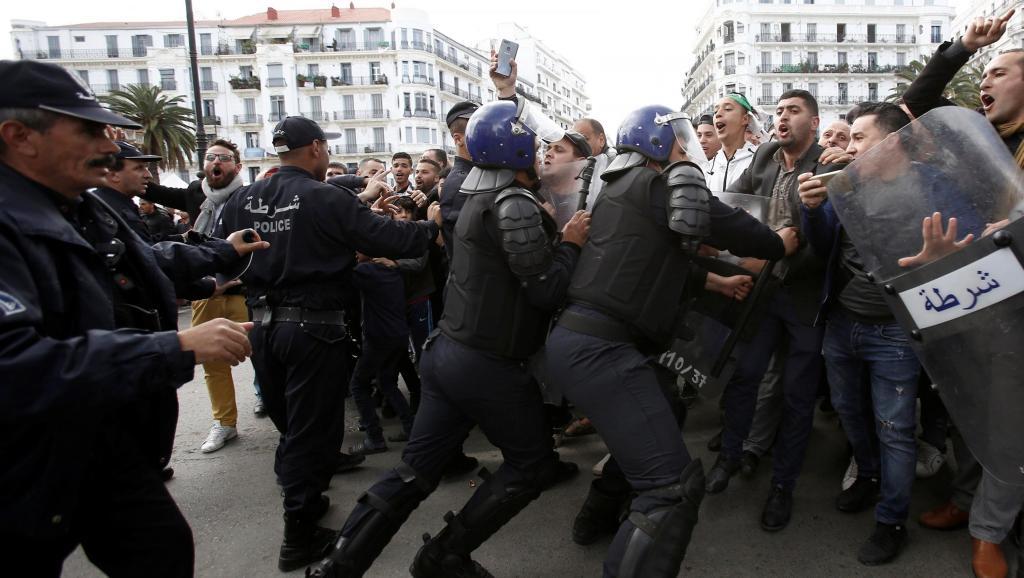 Algérie: huitième vendredi de mobilisation sous haute pression sécuritaire