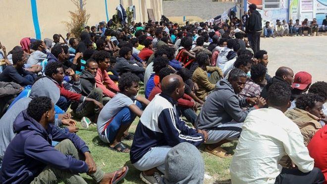 Au moins 40 migrants tués dans un centre de détention en Libye