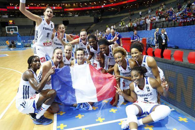 Basket euro f la france domine la slovaquie et se qualifie pour les demi finales actusen - Basket feminin coupe de france ...